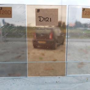 D121 (0,12m²) Bruin